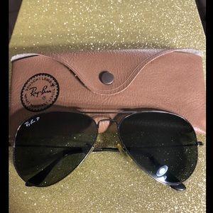 Ray-Ban P blk Classic Polarized Aviator Sunglasses
